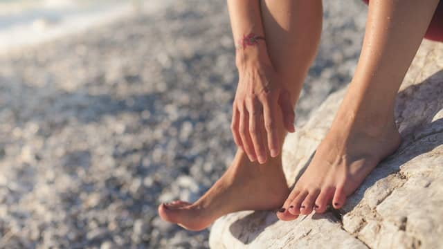 treat athletes foot